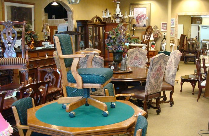 Delightful Consignment Furniture